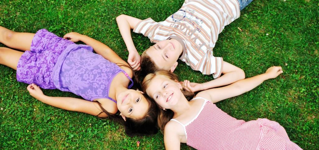 8-12歲牙齒矯正黃金期!如何判斷孩子必須進行矯正?