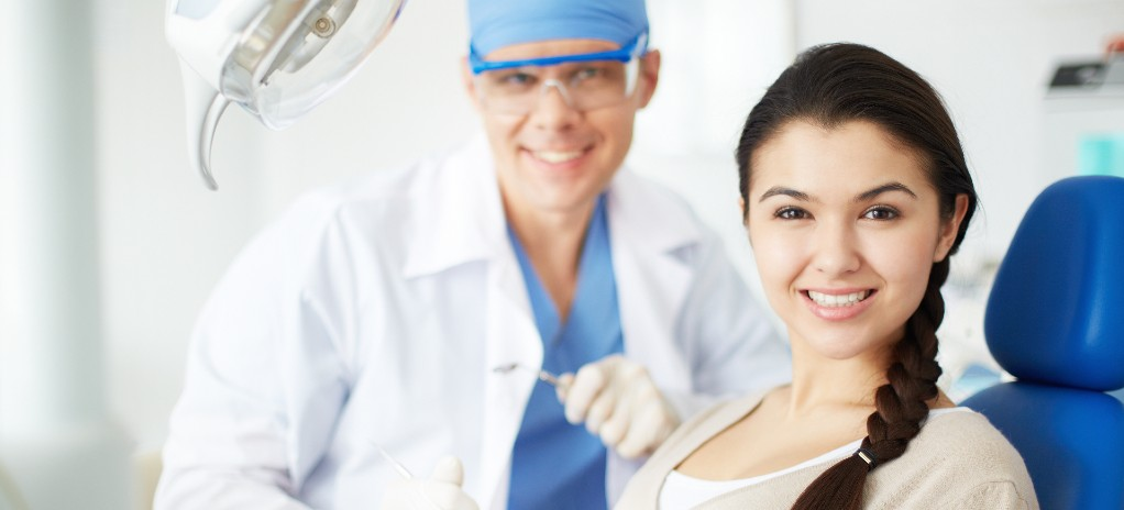 微笑牙齦外露怎麼辦?隱適美透明牙套這一狀況有解